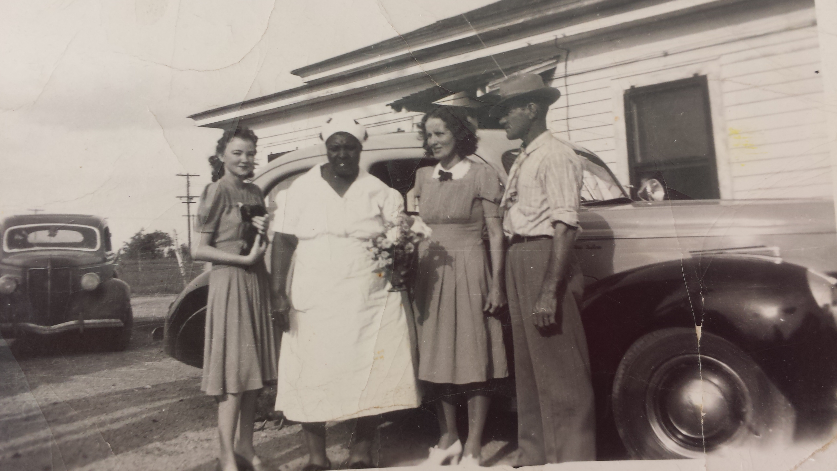Sylvia Hawthorne, maid, Evie and Bill Magee